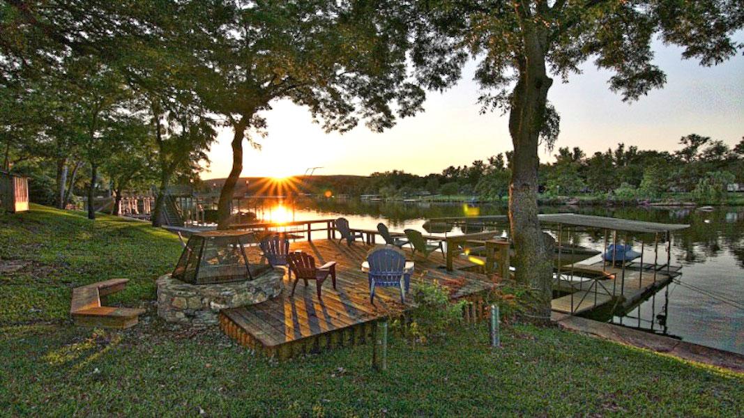 Cool Waters Cabin on Lake LBJ
